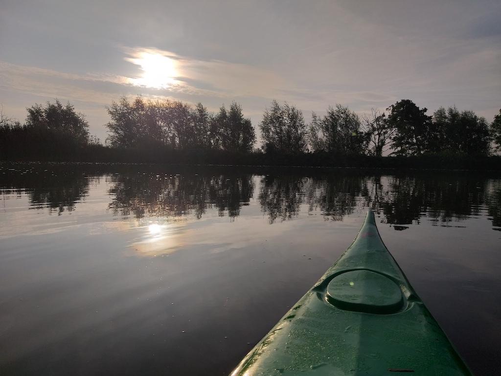 's Ochtends vroeg in de kano | Peter Jan
